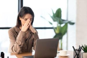 テレワークのストレス原因とその解消法とは?総務担当者が注意すべきこと
